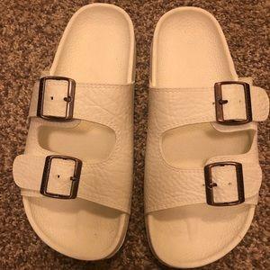 Pali Hawaii white sandals - NEVER WORN!